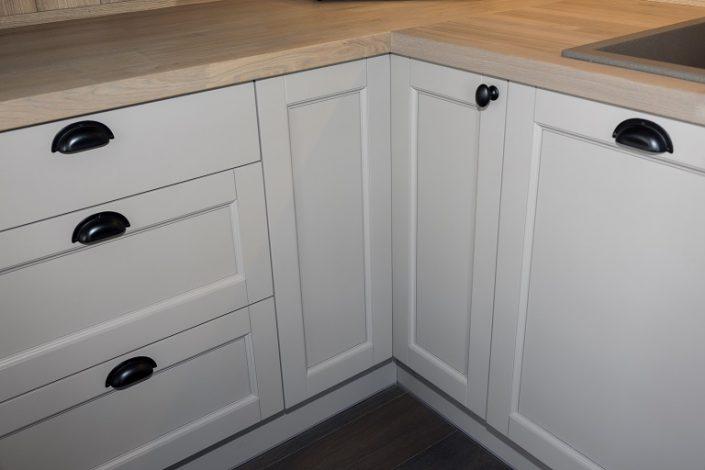 Corner cabinet LHM2. Kitchen