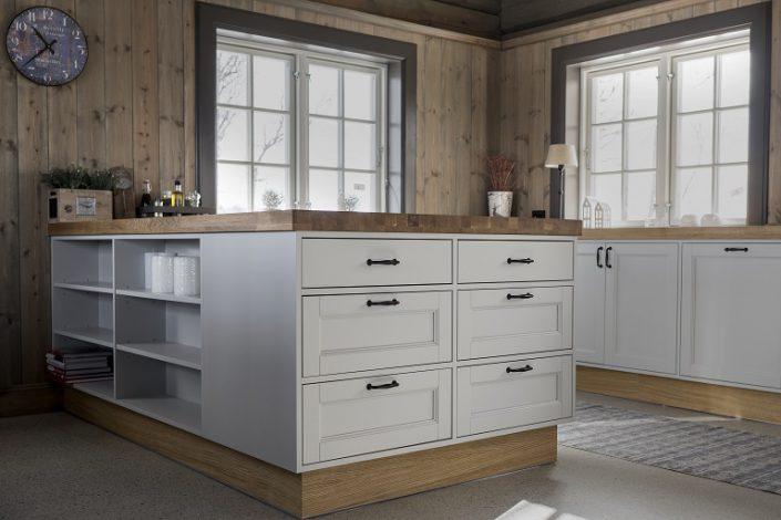 Hyttemøbler. Kjøkken modell T8