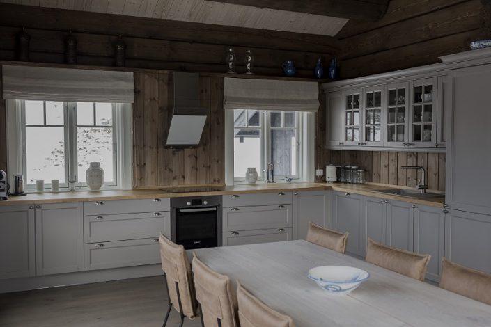 Kjøkken Lia T12. Hyttemøbler. LHM Interior