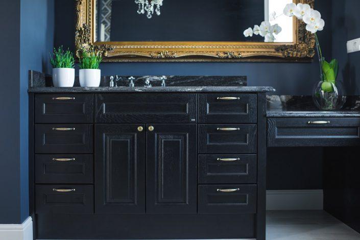 Bad. Møbler av høy kvalitet. LHM Interior