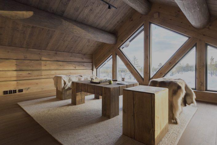 Hytte inspirasjon. Møbler av tømmer.