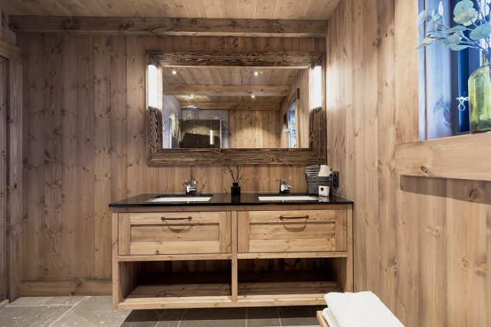 Cabin bathroom furniture LHM2