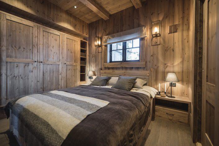 Soveromsmøbler. Senger til hytte. LHM Interior