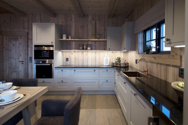 Kitchen LHM1